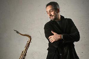 Julio Andrade - Saxophone