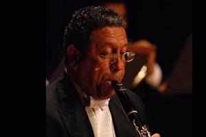 Leonell Mendez - Clarinet