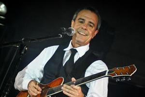Pedro Castillo - Guitar